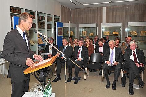 "Ausstellung ""Salutem et Felicitatem!"" 2013 Grußwort Sebastian Remelé Foto: Andand Anders"