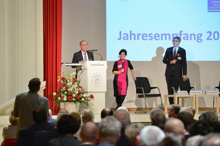 Gemeinsamer Jahresempfang 2016 Fragen aus dem Publikum an die Referenten Foto: Markus Scholz