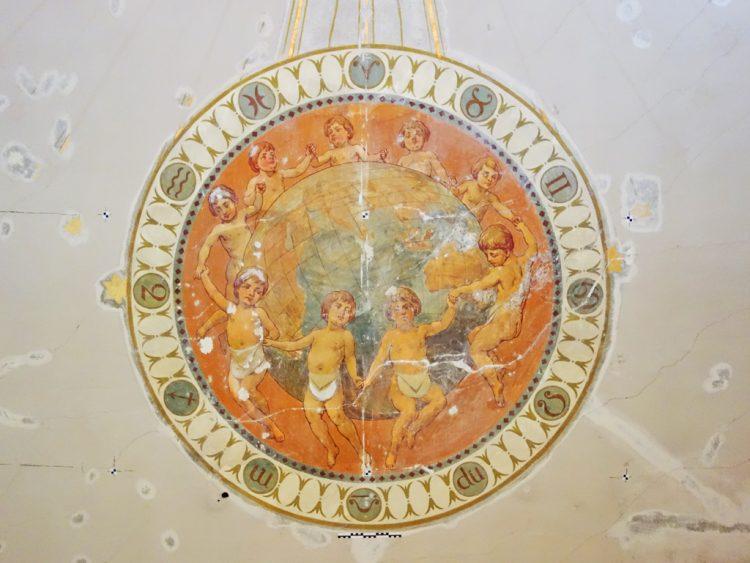 """Neun mit Maurerschurz bekleidete Putti in Reigen um Globus, als """"Weltumspannende Bruderkette"""""""