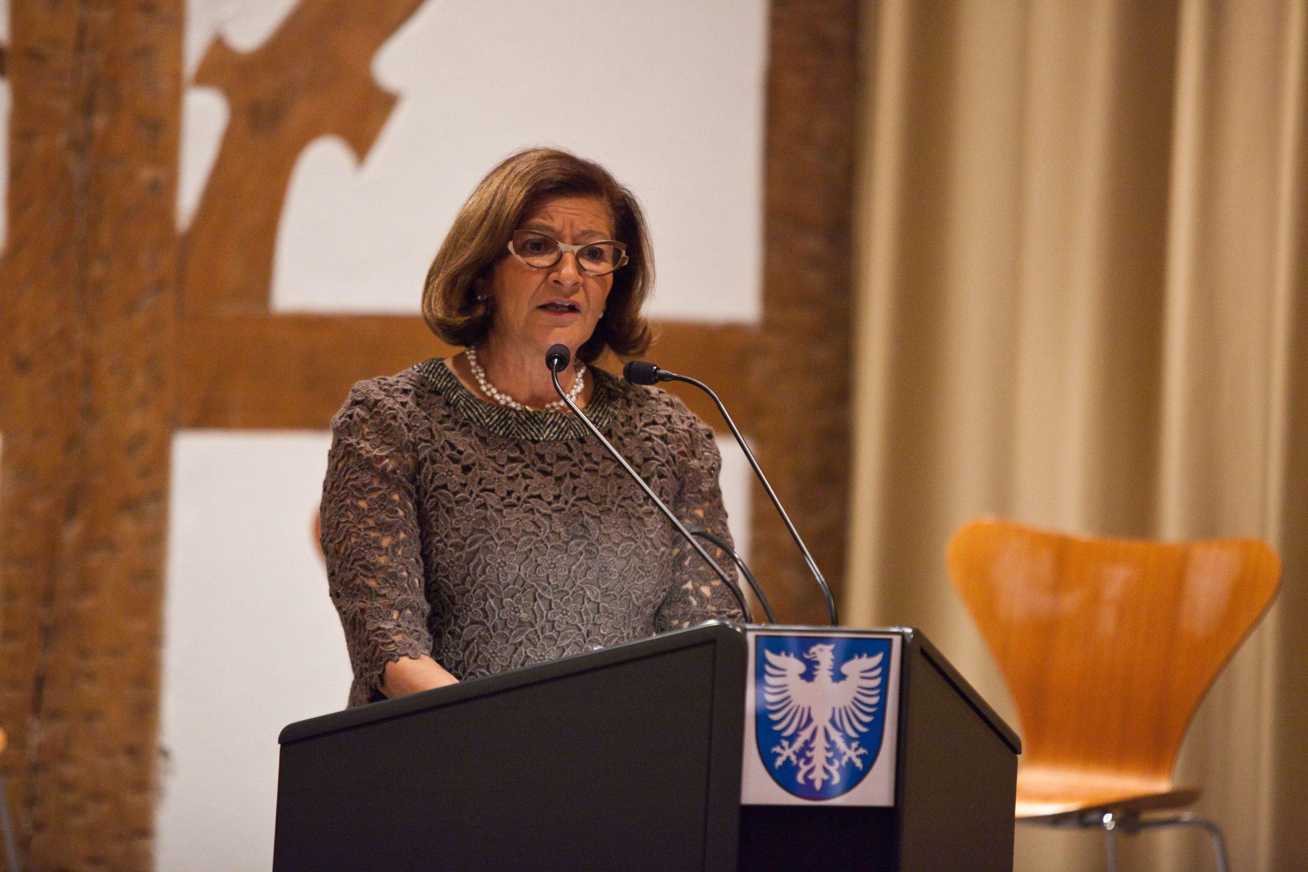 Bürgermeisterin Sorya Lippert begrüßte die Gäste. Foto: Pressebüro Stefan Pfister/Schweinfurt
