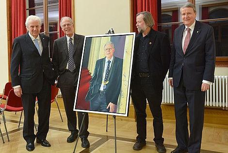 Porträt von Altpräsident Professor Dr. Volker ter Meulen 2013 Horst Dietz, Volker ter Meulen, Uwe Pfeifer und Jörg Hacker (von links). Foto: Markus Scholz.